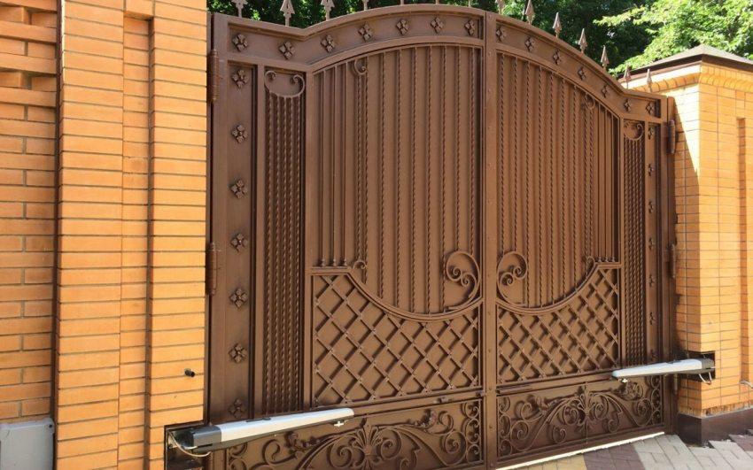 Автоматические ворота с дистанционным открытием: разновидности конструкций