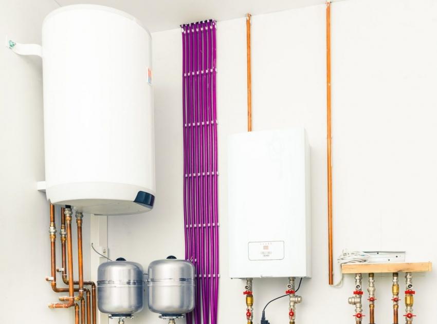 При подключении бойлера косвенного нагрева необходимо убедится в возможности проведения всех коммуникаций а также приобрести необходимые датчики давления