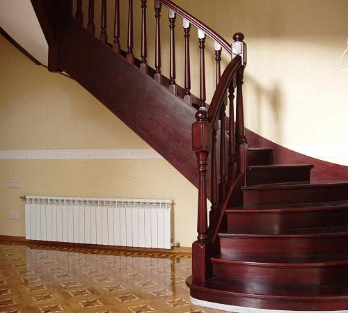 Деревянные маршевые лестницы: мастер-класс по изготовлению