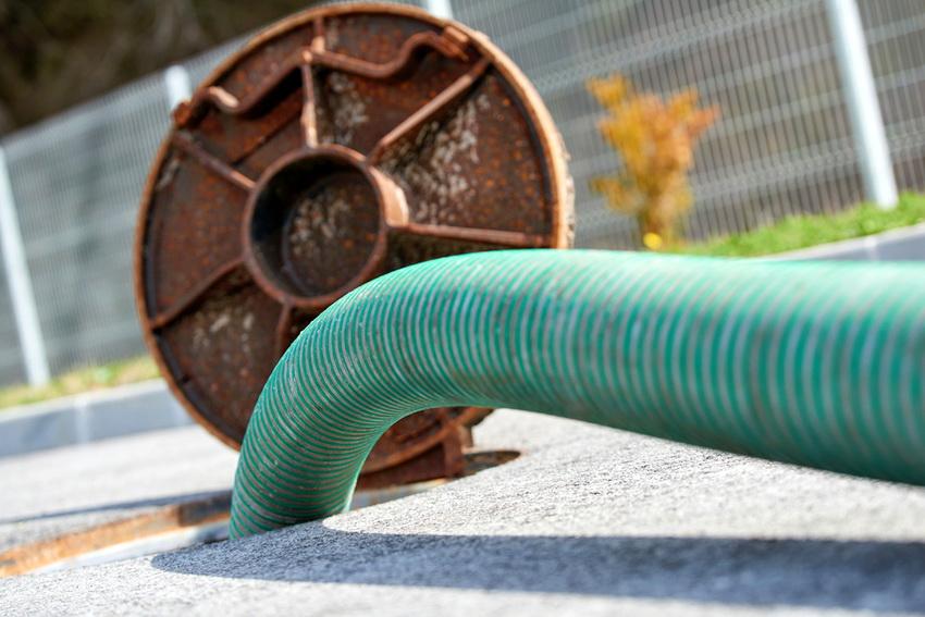 Емкости для канализации: пластиковые колодцы и накопительные резервуары