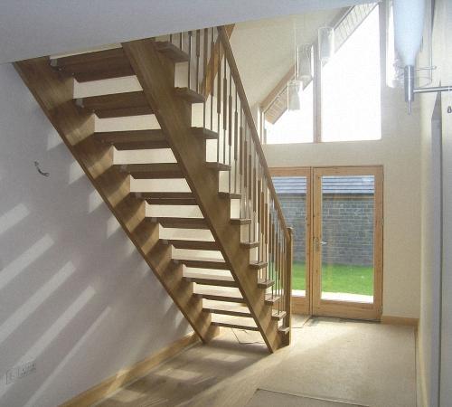 Изготовление каркаса лестницы