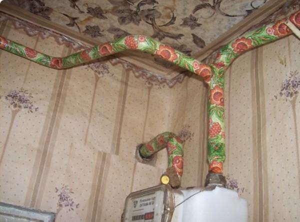 Как красиво замаскировать газовые трубы