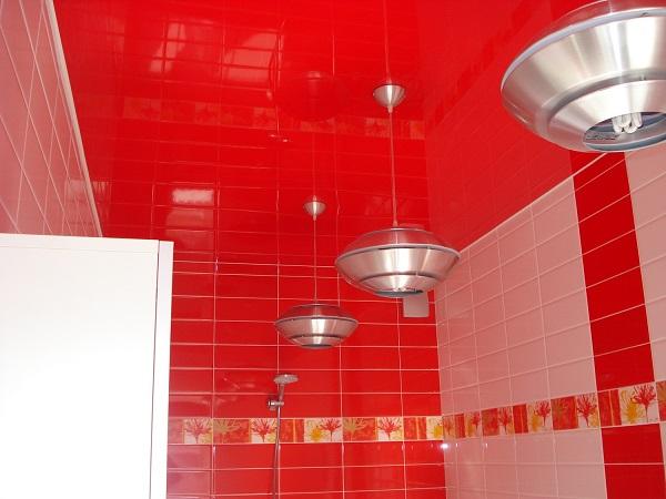 Креативные идеи потолков в ванной чтобы можно было лежа на него смотреть