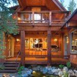 Крыльцо деревянного дома. Фотогалерея от профессионалов