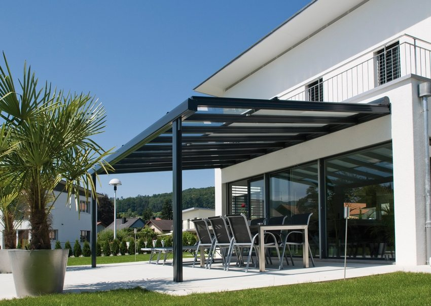 Навесы из поликарбоната к частному дому своими руками: фото современных навесных конструкций
