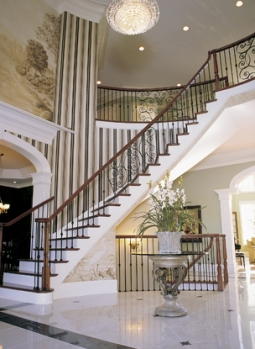 Оформление лестницы своими руками