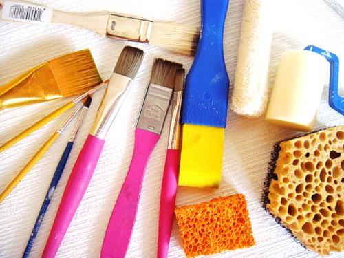 Разновидности техник для самостоятельной росписи стен