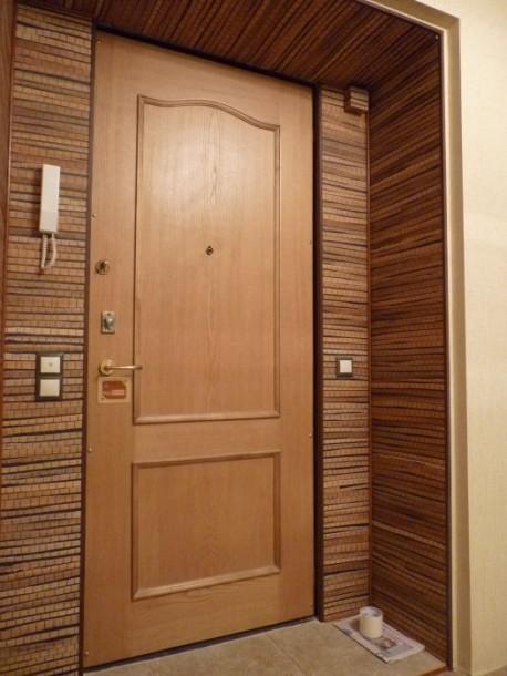 Самостоятельная отделка входной двери