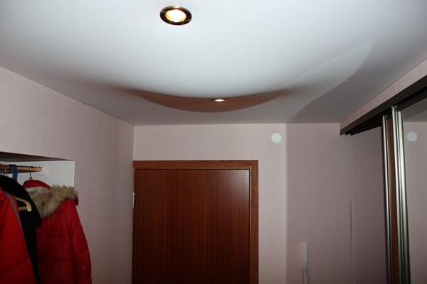 Техника демонтажа натяжного потолка