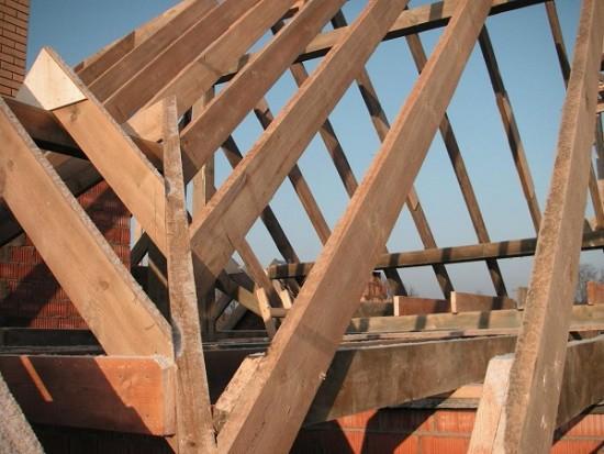 Устройство шатровой крыши своими руками