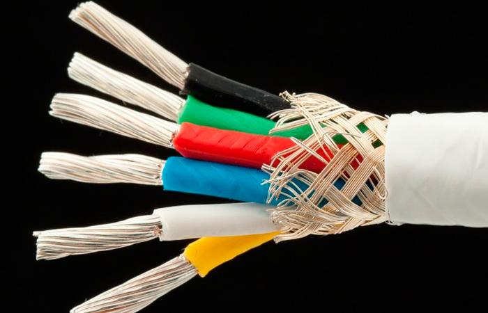 Заземление экрана кабеля: обязательно ли его проводить