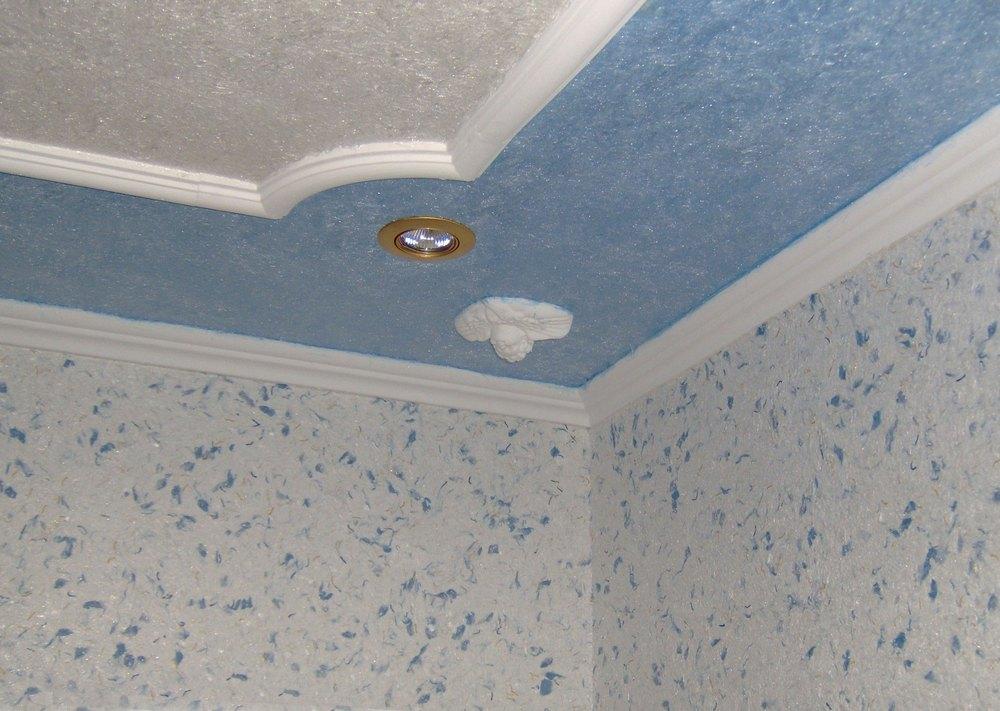 Дизайн потолка жидкими обоями3